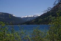 Lac Alturas dans les montagnes 1992 de dent de scie photo stock