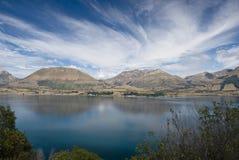 lac au-dessus de wakatipu de ciel Photos stock