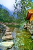 Lac au temple de Wudang Shan Image stock