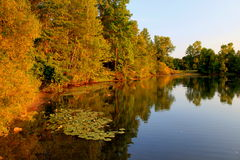 Lac autumn Image stock