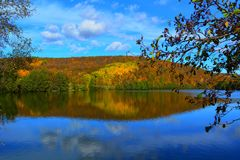 Lac autumn Photos libres de droits