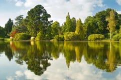 Lac avec la réflexion Photographie stock libre de droits