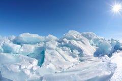 Lac Baikal d'hiver image libre de droits