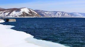 Lac Baikal figé Images libres de droits