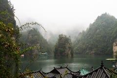 Lac Baofeng à Zhangjiajie Photos stock