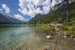 Lac bavarois chez Berchtesgaden aux Alpes photo stock