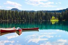 Lac Beauvert, национальный парк яшмы Стоковая Фотография