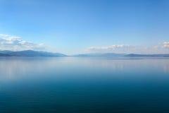 Lac bleu Ohrid, Macédoine Photo libre de droits