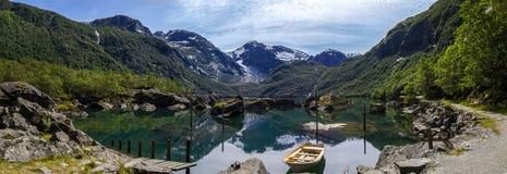 Lac Bondhus en Norvège Image libre de droits