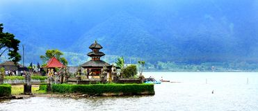 Lac Bratan, Bali Indonésie Photos stock