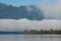 Lac Brunner, parc national du passage d'Arthur Photographie stock
