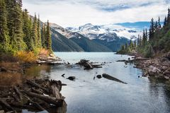 Lac célèbre Garibaldi près de Whistler Photo stock