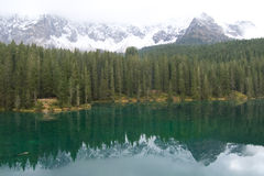 Lac Carezza Image stock