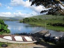 Lac Cloonee, péninsule de Beara, Irlande Image stock