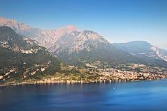 Lac Como et montains alpins, Italie images libres de droits