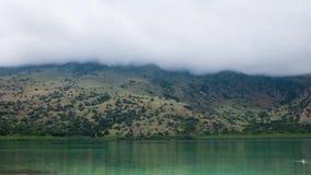 Lac Crète greece panoramique banque de vidéos