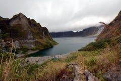 Lac crater de Pinatubo Image libre de droits