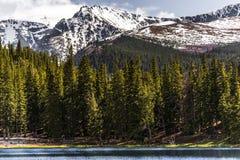 Lac d'écho de mt Evans le Colorado de paysage de montagne images libres de droits