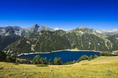 Lac d'Oule during a sunny day, Saint Lary Soulan Stock Photos