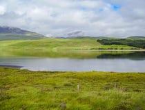 Lac dans des higlands de nature de l'Ecosse Photographie stock