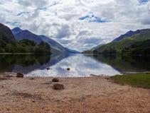Lac dans des higlands de nature de l'Ecosse Photographie stock libre de droits