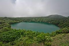 Lac dans Kirishima image stock