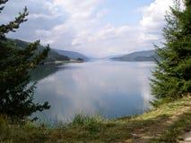 Lac dans la montagne Photo libre de droits