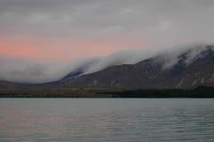 Lac dans les Alpes du sud Images stock
