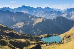 Lac dans les montagnes de l'Allgaeu Photo libre de droits