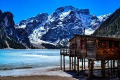 Lac de Braies photographie stock libre de droits