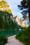 Lac de Braies sur les dolomites, Italie Photos libres de droits