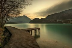 Lac de Cavazzo (Italie) Photos stock