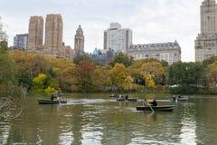 Lac de Central Park avec des bateaux Images libres de droits