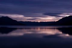 lac de crépuscule Images stock