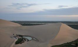 Lac de croissant de Mingsha Photos stock