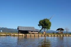 Lac de flottement Myanmar house 03-Inle Images stock