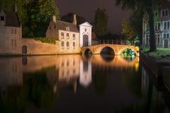 Lac de l'amour la nuit, Bruges, Belgique Images libres de droits