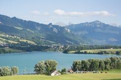 Lac de la Gruyère Lake de Gruyère en Suiza Fotografía de archivo