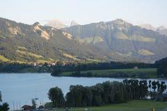 Lac de la Gruyère Lake von Gruyère in der Schweiz Stockfoto