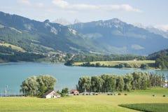 Lac de la Gruyère Lake von Gruyère in der Schweiz Lizenzfreie Stockfotografie