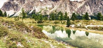 Lac de Limides - dolomites italiennes Image stock