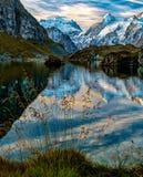 Lac de Louvie Swiss阿尔卑斯 免版税库存照片