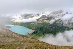Lac Lac de Moiry de réservoir de turquoise photographie stock