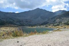 Lac de montagne de Rila Images libres de droits
