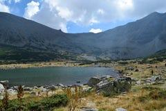 Lac de montagne de Rila Photo stock