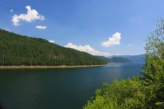 Lac de montagne de Vidra Photographie stock libre de droits