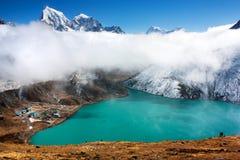 Lac de pokhari de Dudh Photographie stock