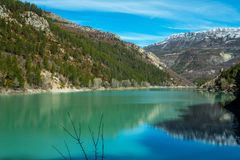 Lac de Sainte-Croix είναι μια δεξαμενή που τοποθετείται στη Γαλλία Στοκ Φωτογραφίες