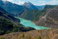 Lac de Sainte-Croix είναι μια δεξαμενή που τοποθετείται στη Γαλλία Στοκ εικόνες με δικαίωμα ελεύθερης χρήσης