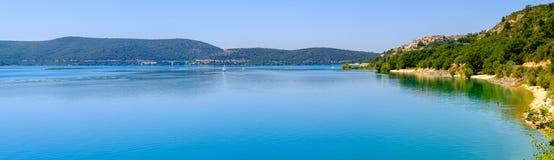 Lac de Sainte Croix普罗旺斯, Alpes,法国 免版税库存照片